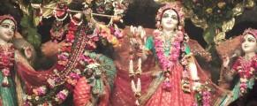 RadhanathSwamiatKartikMayapurYatraNovember2012385