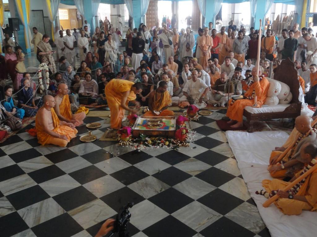 Sanyas ceremony at ISKCON Mayapur - Mayapur com