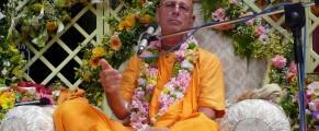 SivaramaSwamiVyasaPuja20100039