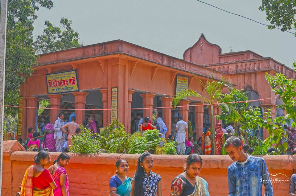 ISKCON Mayapur feeds 40,000 at Shantipur - Mayapur com
